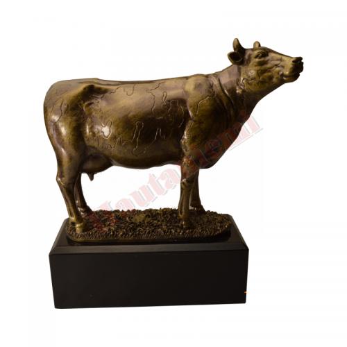 Lehmä patsas